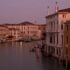 Venedig: Ein Spaziergang durch Gassen und Kanäle